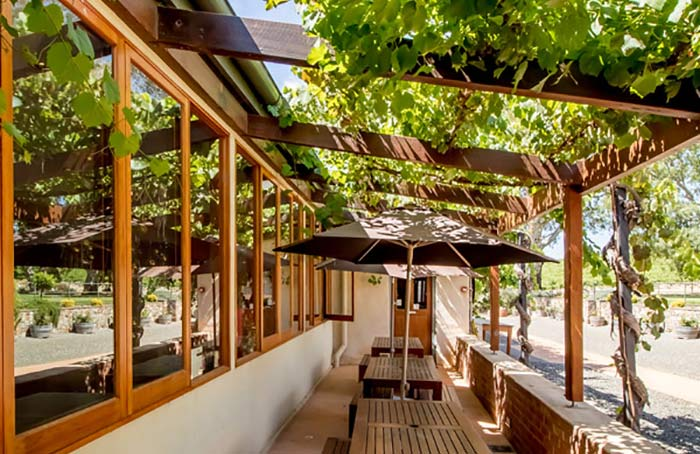 BGi - Halletts Cellar Door and Administration Outdoor Verandah